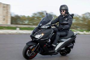 2019-Peugeot-Pulsion-125-in-Black