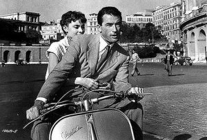 Audrey Hepburn, Gregory Peck & Vespa